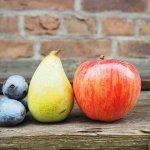 リンゴと梨の写真