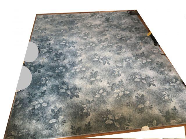 比較のための絨毯